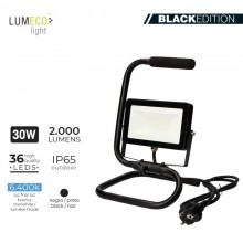 "FOCO PROYECTOR LED CON PIE 30W 6400K 2000 LUMENS ""BLACK EDITION"" LUMECO"